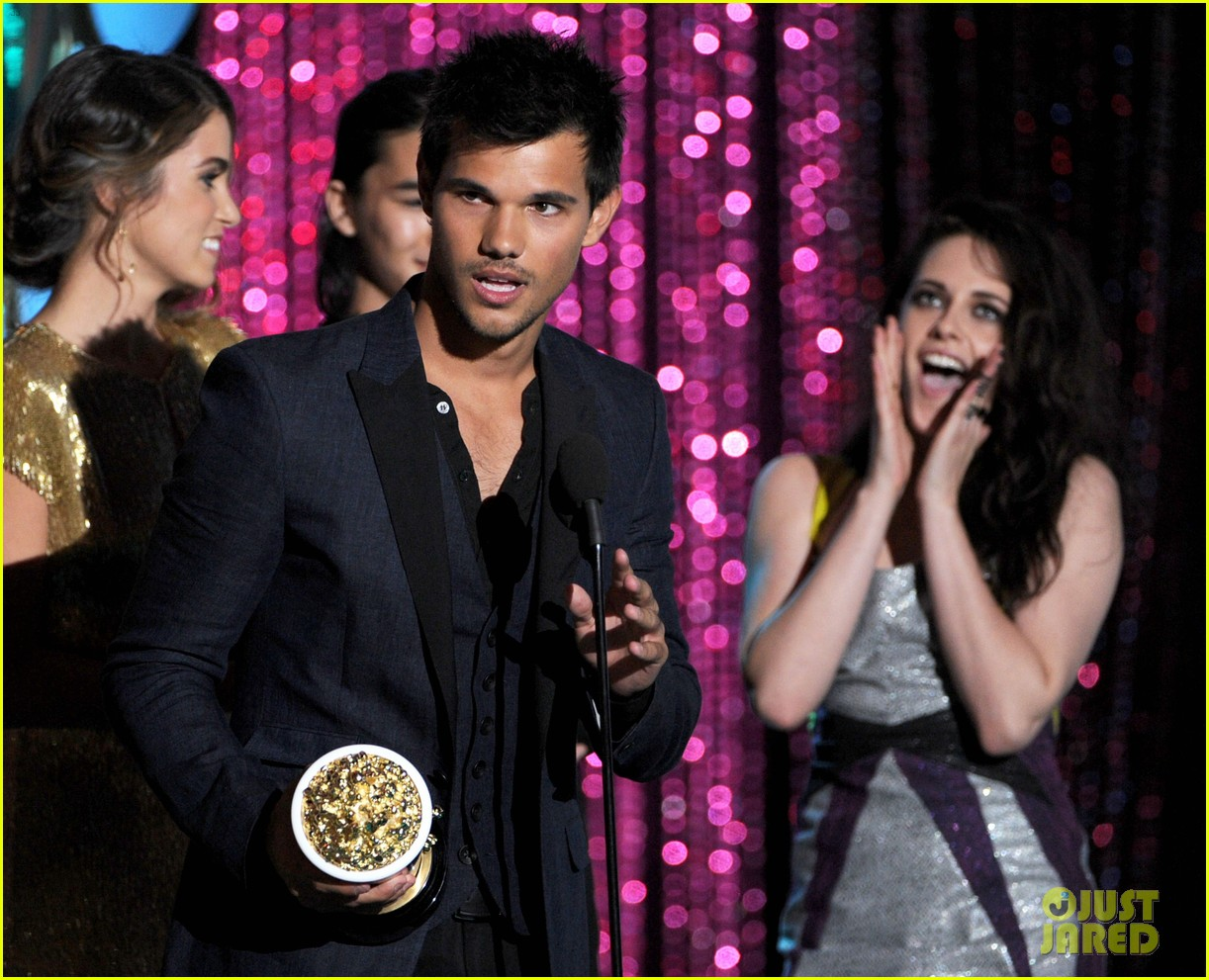 lautner stewart mtv awards 02