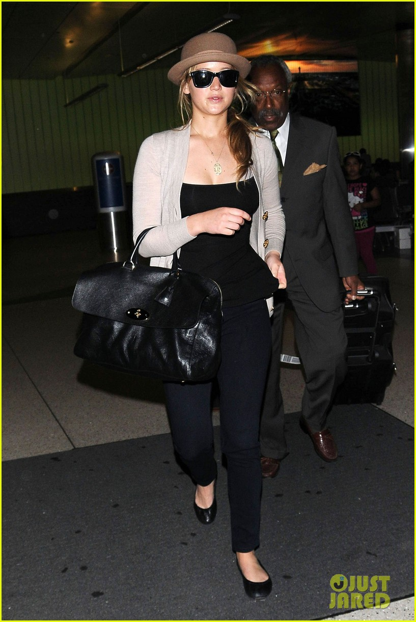 jennifer lawrence lax landing 122672596