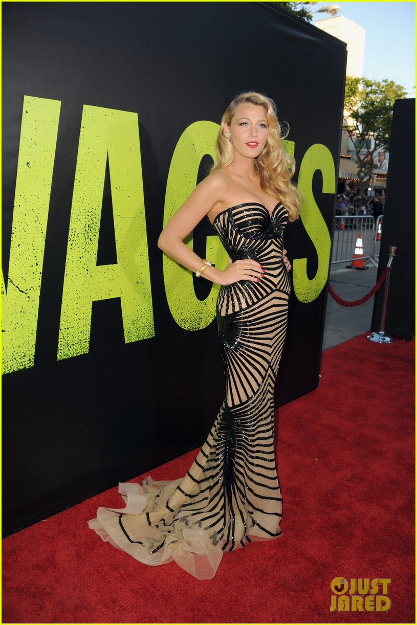 blake lively savages premiere 072679464