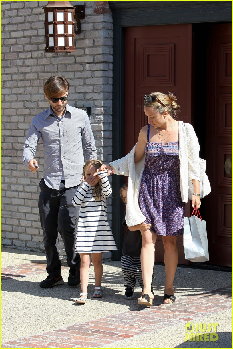 tobey maguire fathers day party 102676973