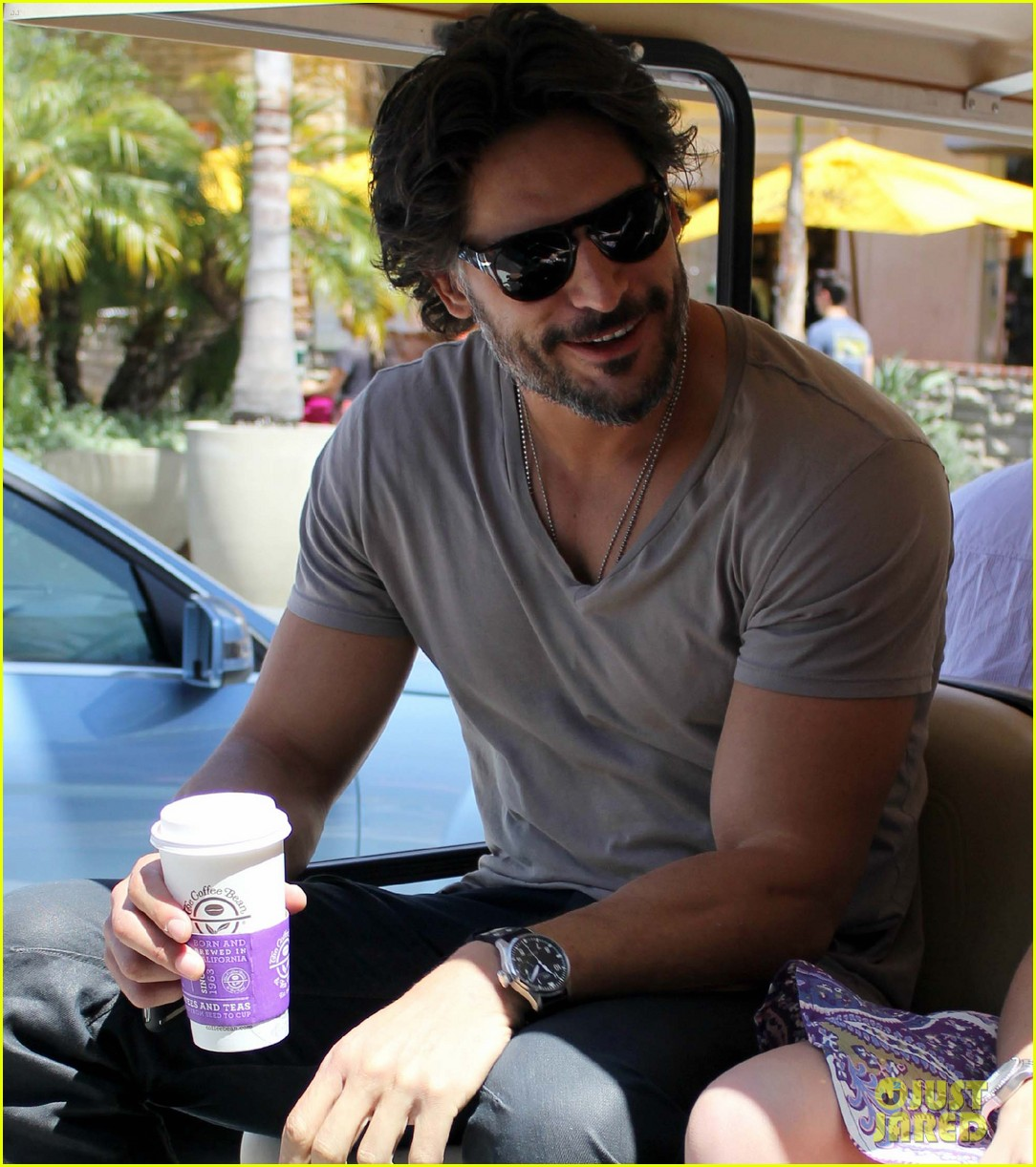 joe manganiello extra appearance 04