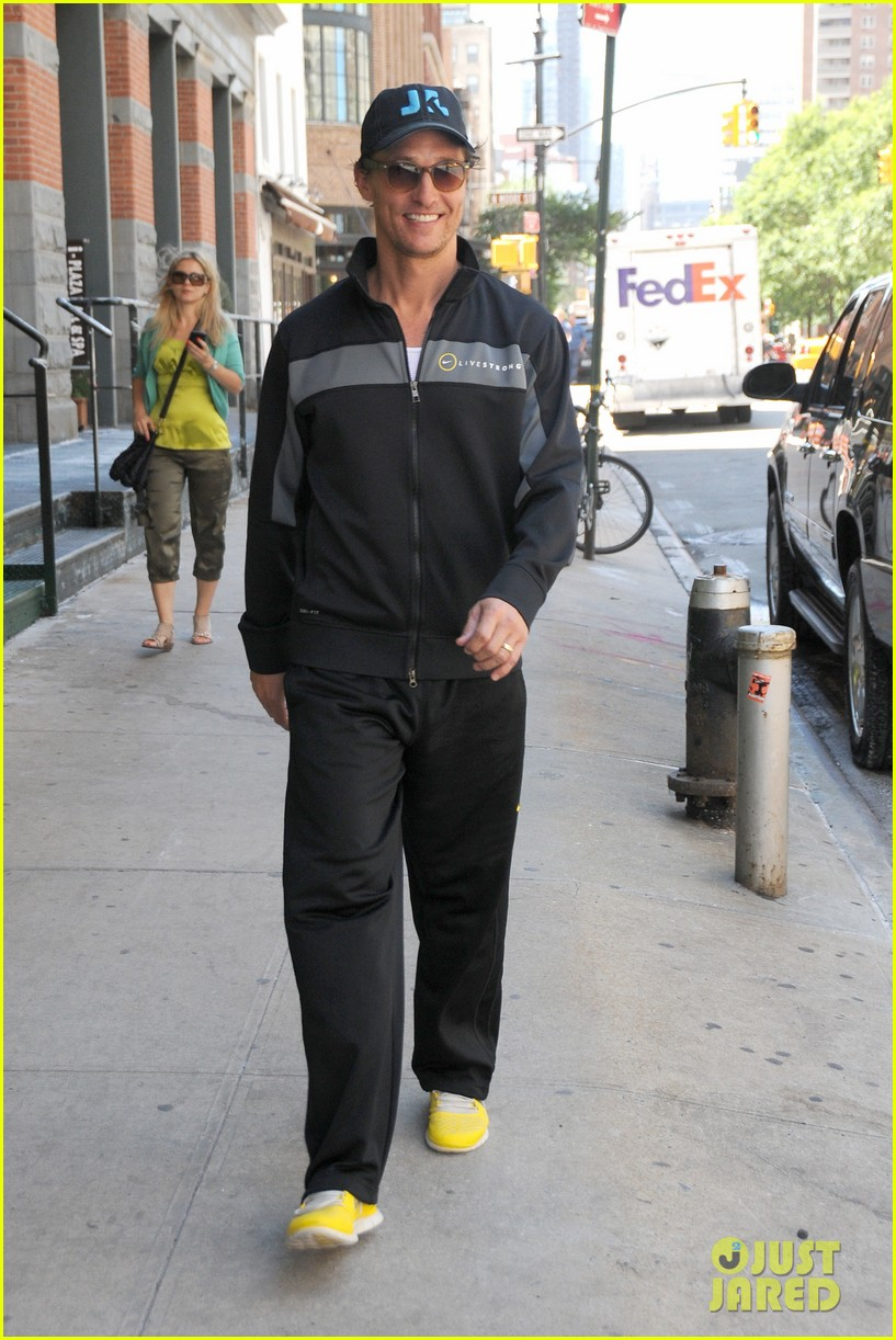 matthew mcconaughey camila alves out and about 032680369