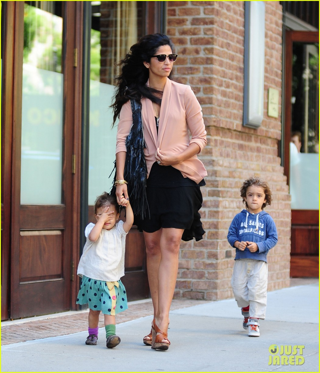 matthew mcconaughey camila alves out and about 102680376