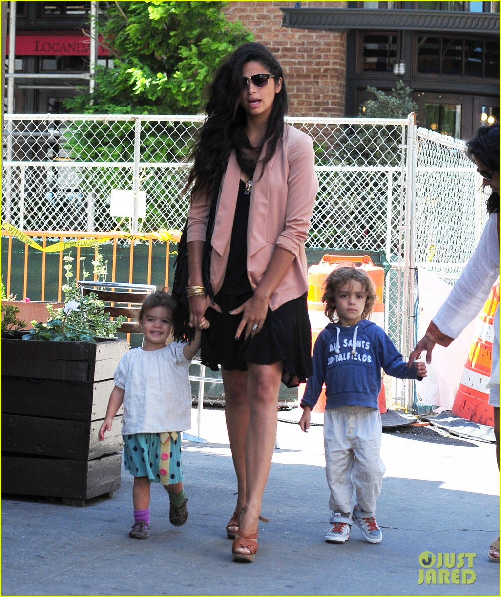 matthew mcconaughey camila alves out and about 142680380