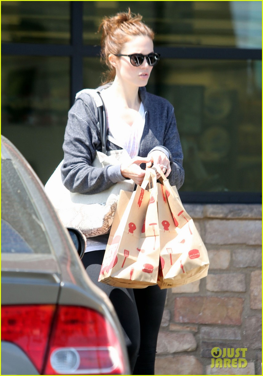 mandy moore errands 14