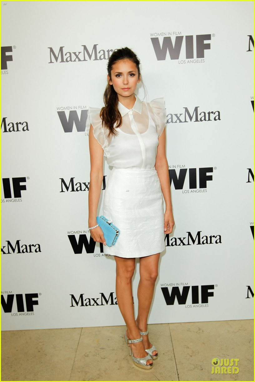 chloe moretz nina dobrev max mara cocktail party 04