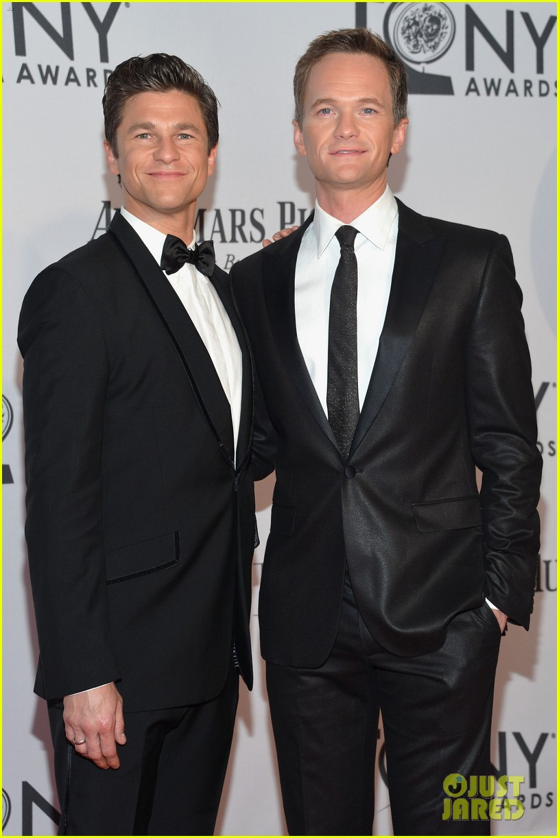 neil patrick harris tony awards 2012 host 042673307