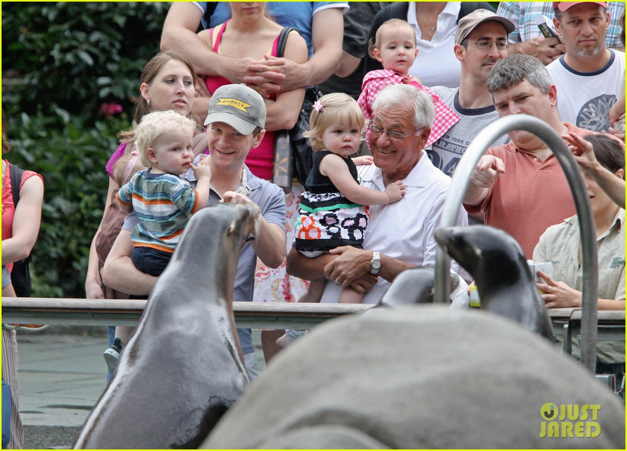 nph central park zoo with babies 01
