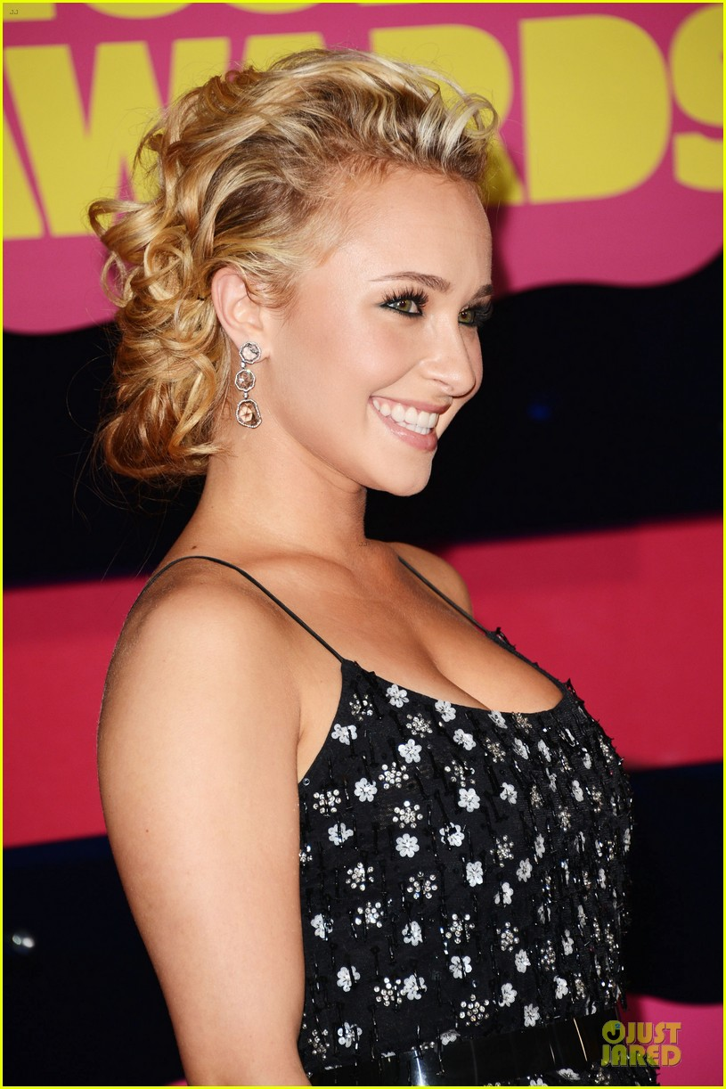 hayden panettiere cmt music awards 2012 02