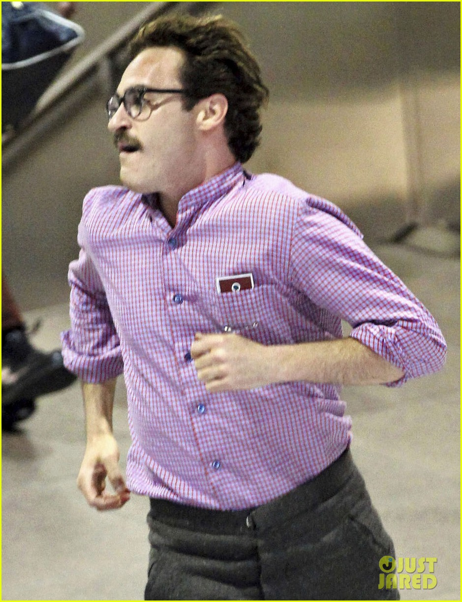 joaquin phoenix spike jonze set 072672679