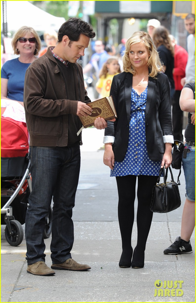 amy poehler they came together set with paul rudd 092680759