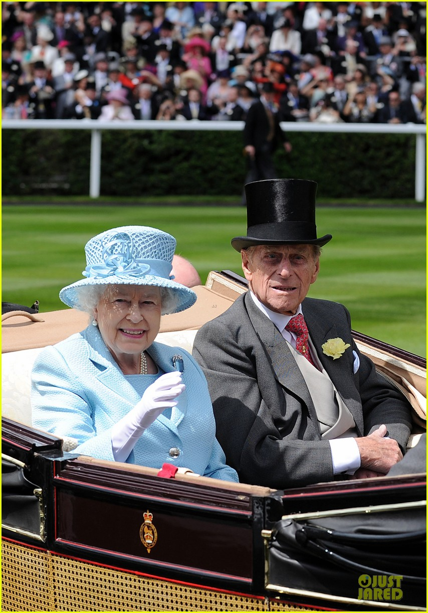 queen elizabeth royal ascot prince william rhino 032677076