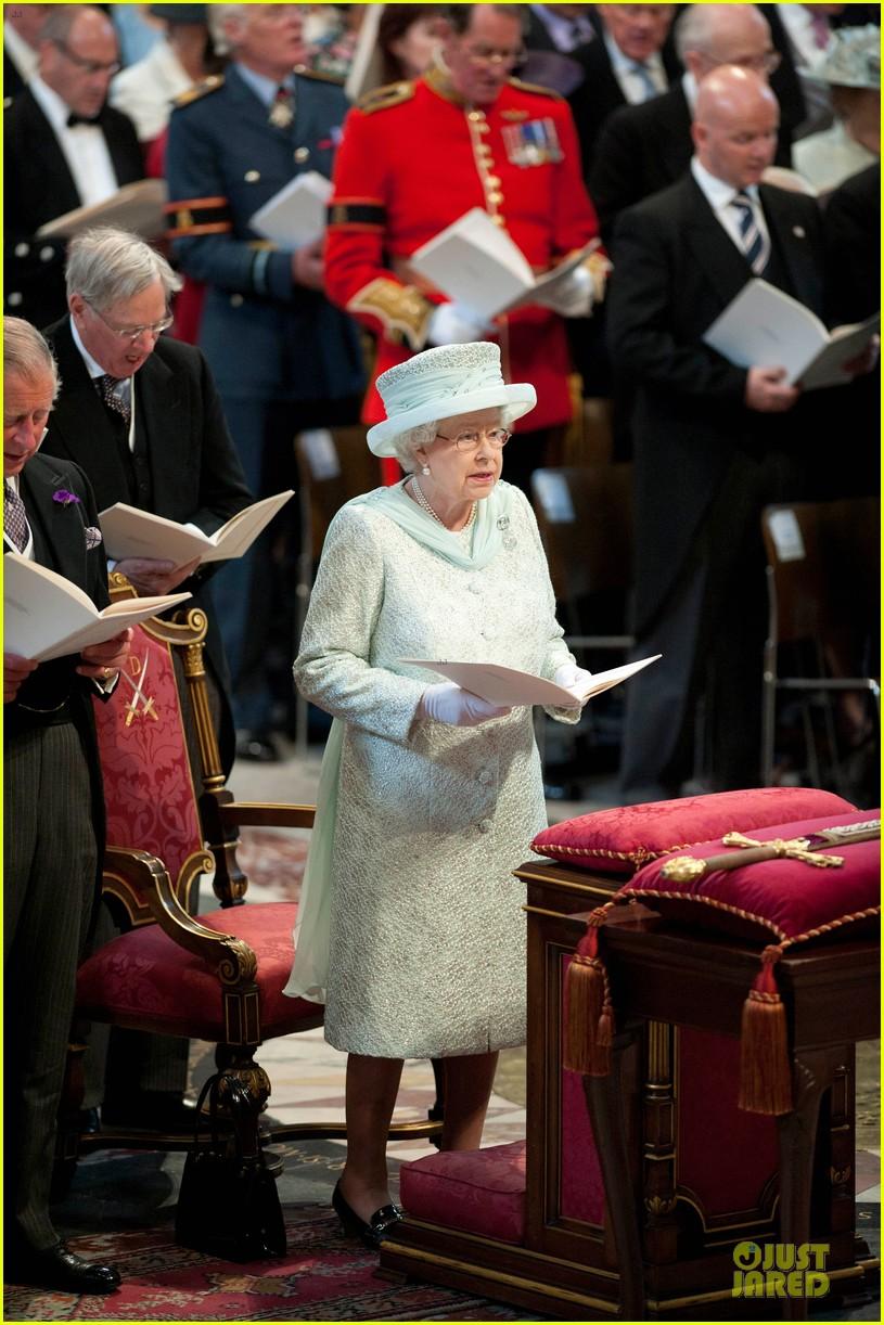 queen thanksgiving service 012670841