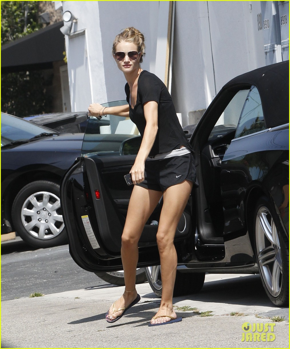 rhw going to gym 11