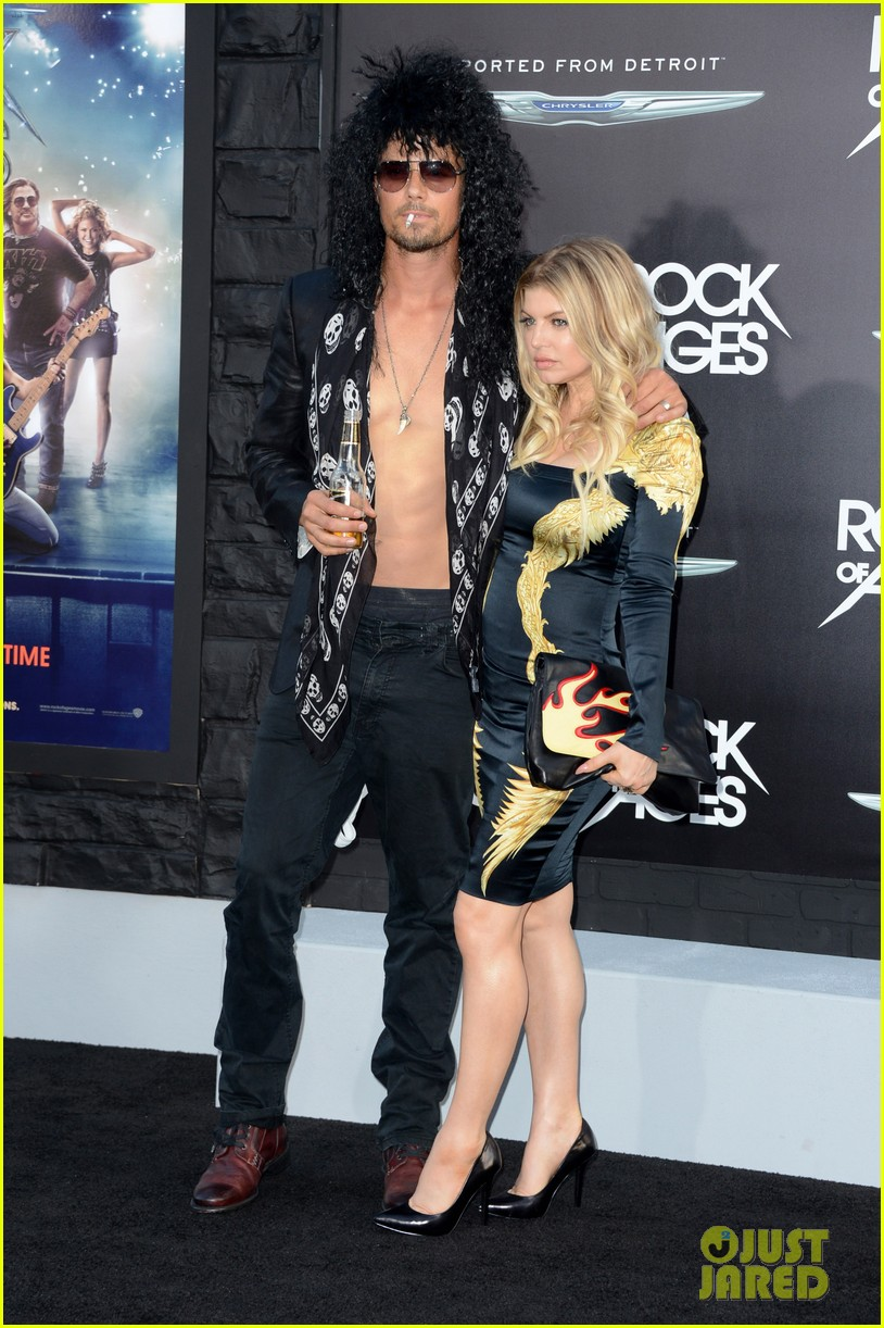 tom cruise & julianne hough: 'rock of ages' premiere!: photo 2672424