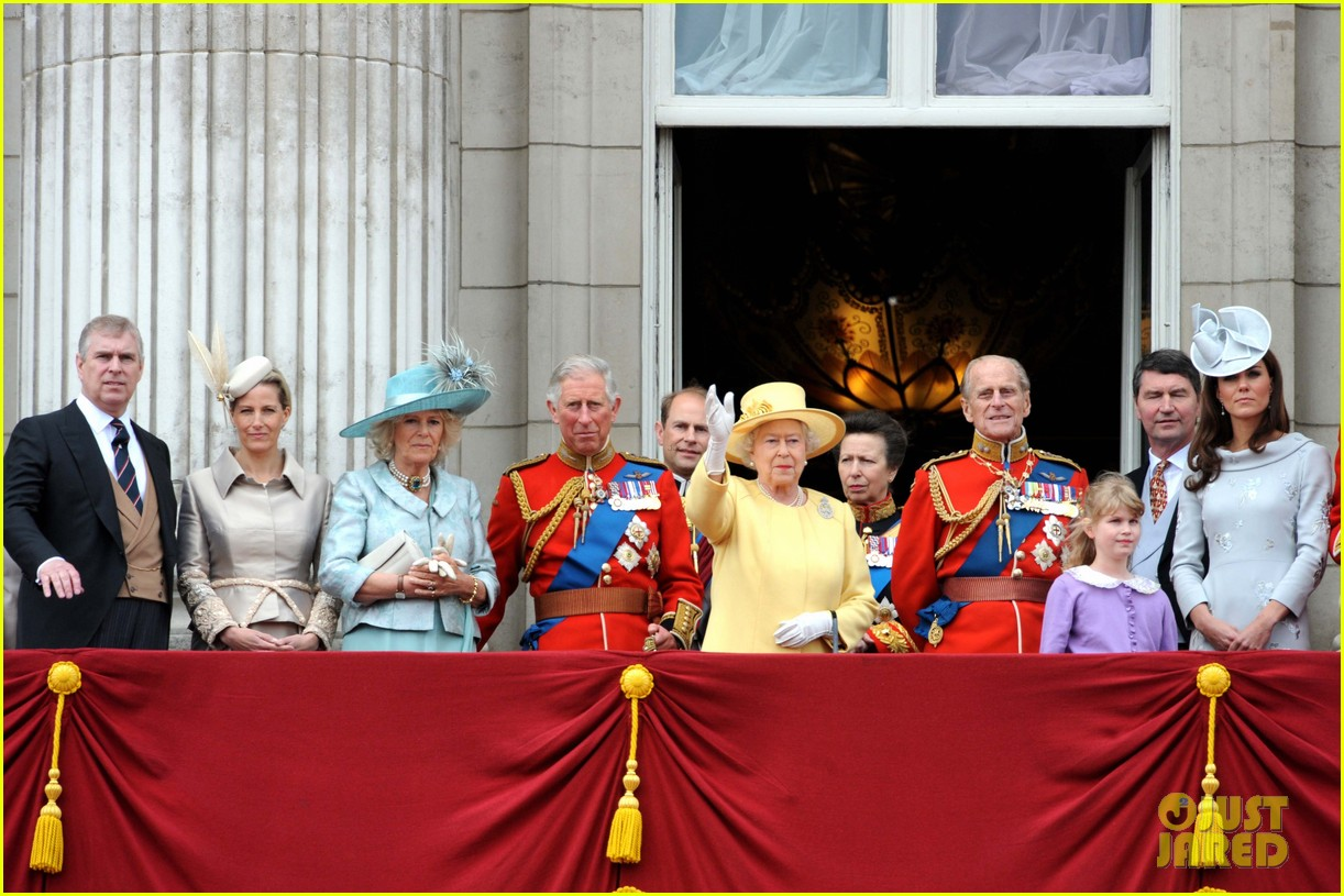 will and kate trooping the colours 09