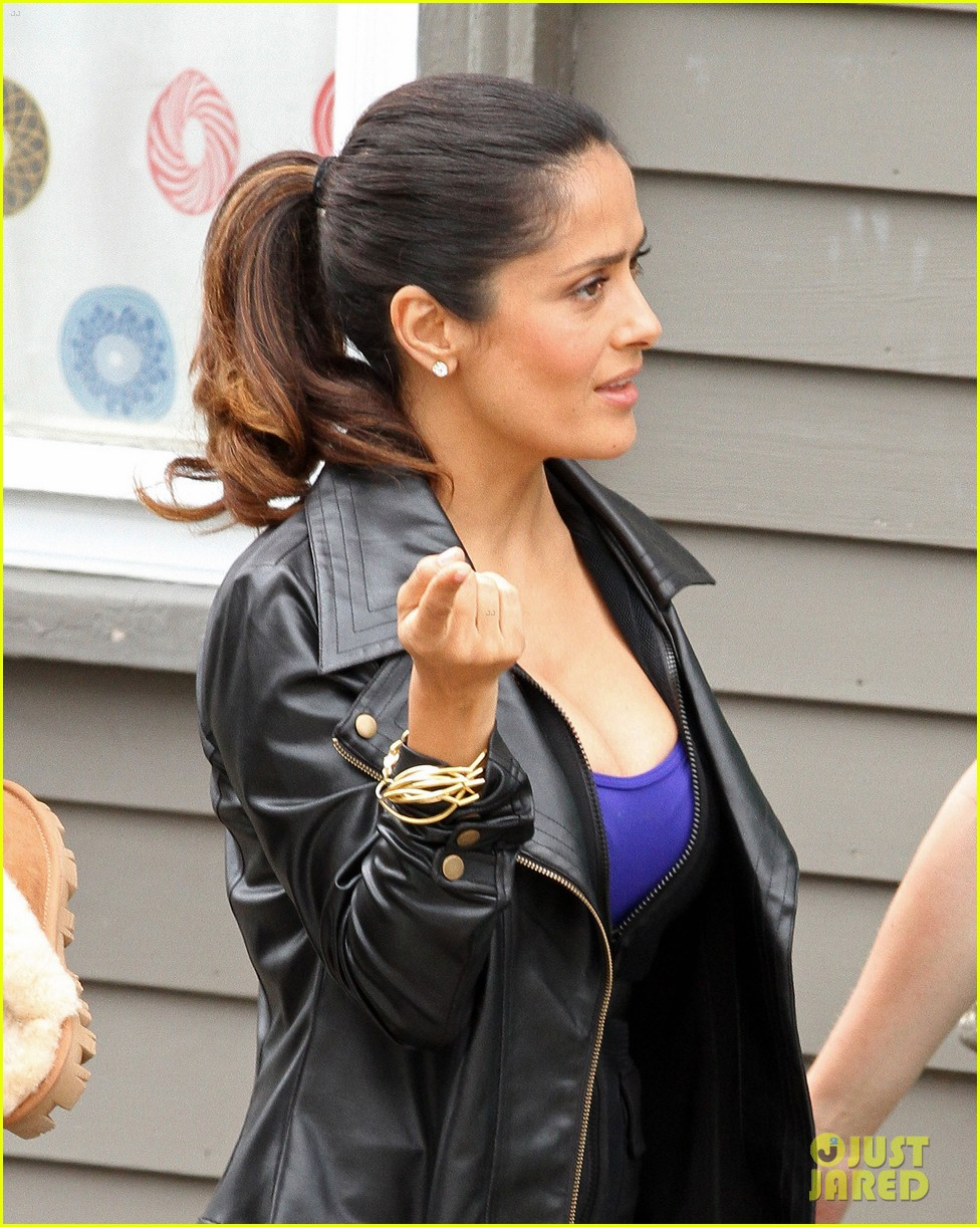 salma hayek grownups set with valentina 122673958