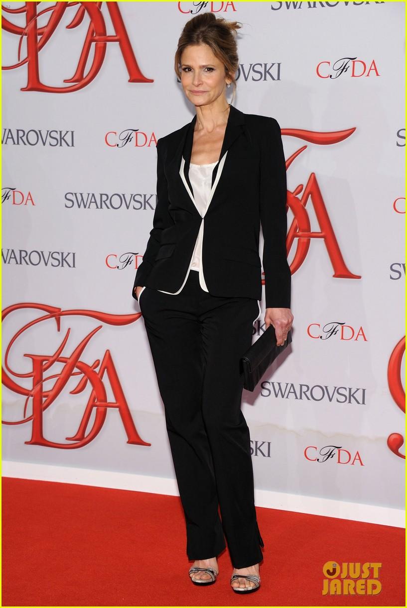 kyra sedgwick jessica stam cfda fashion awards 2012 012670568