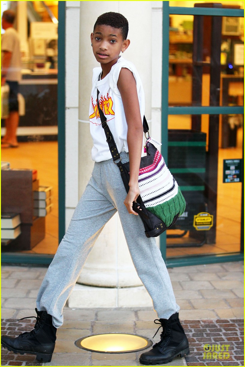 Willow smith tongue excellent message))