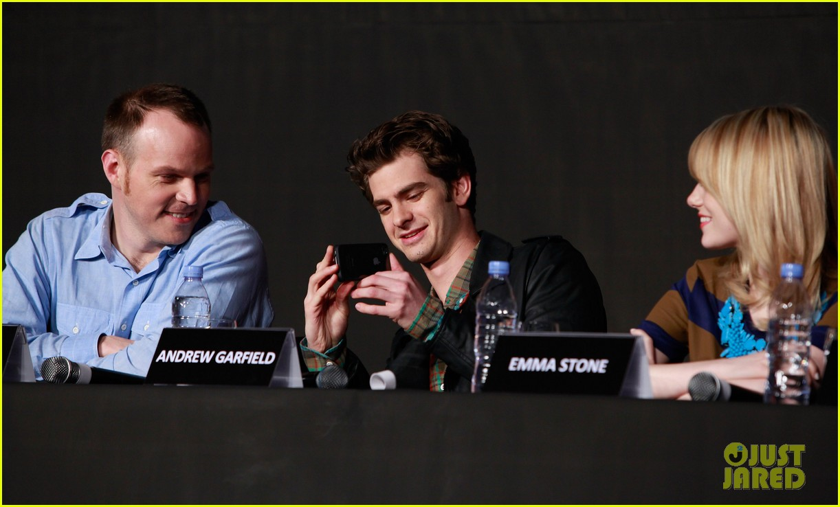 emma stone andrew garfield south korea press conference 07