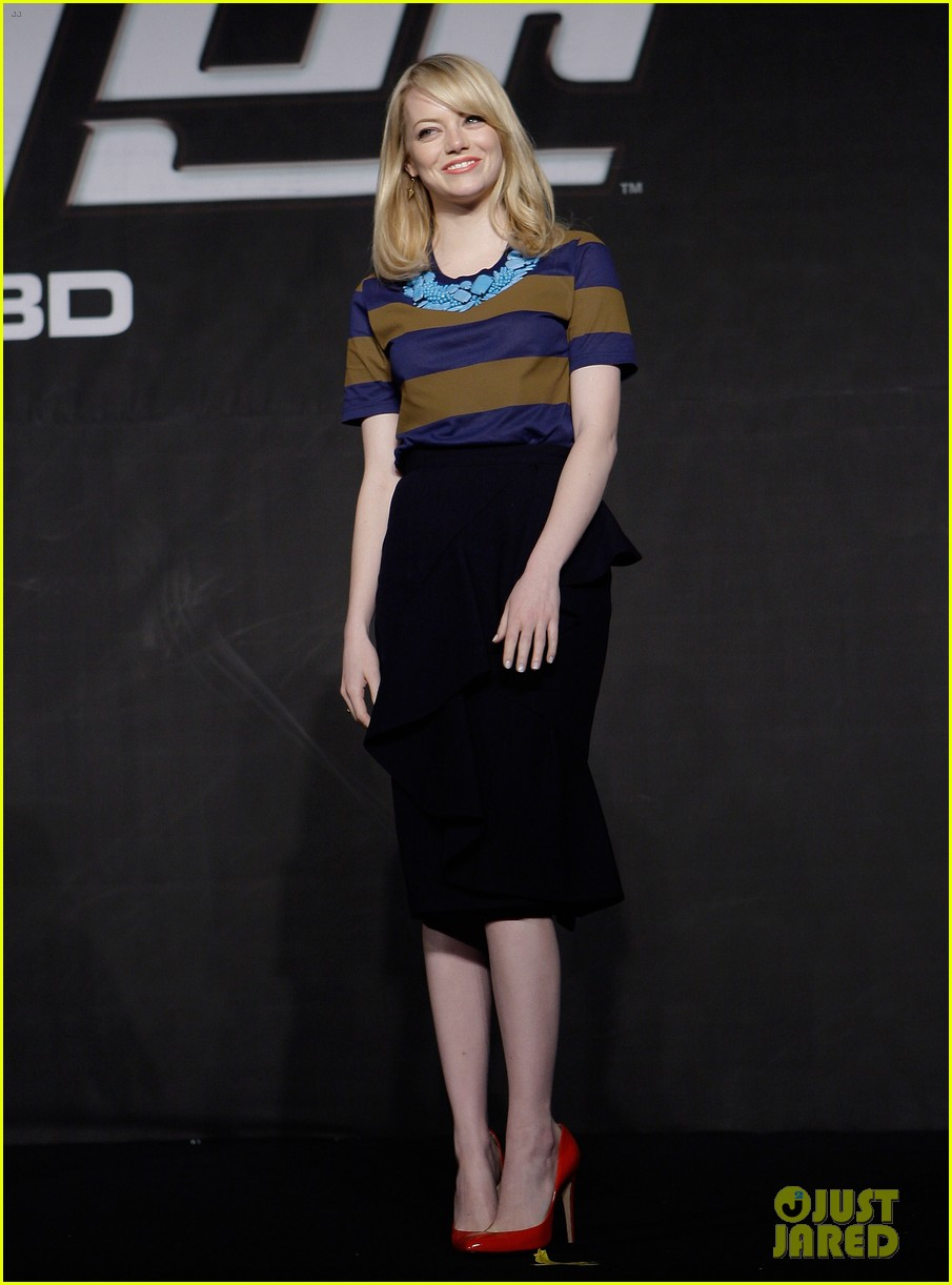 emma stone andrew garfield south korea press conference 112674928
