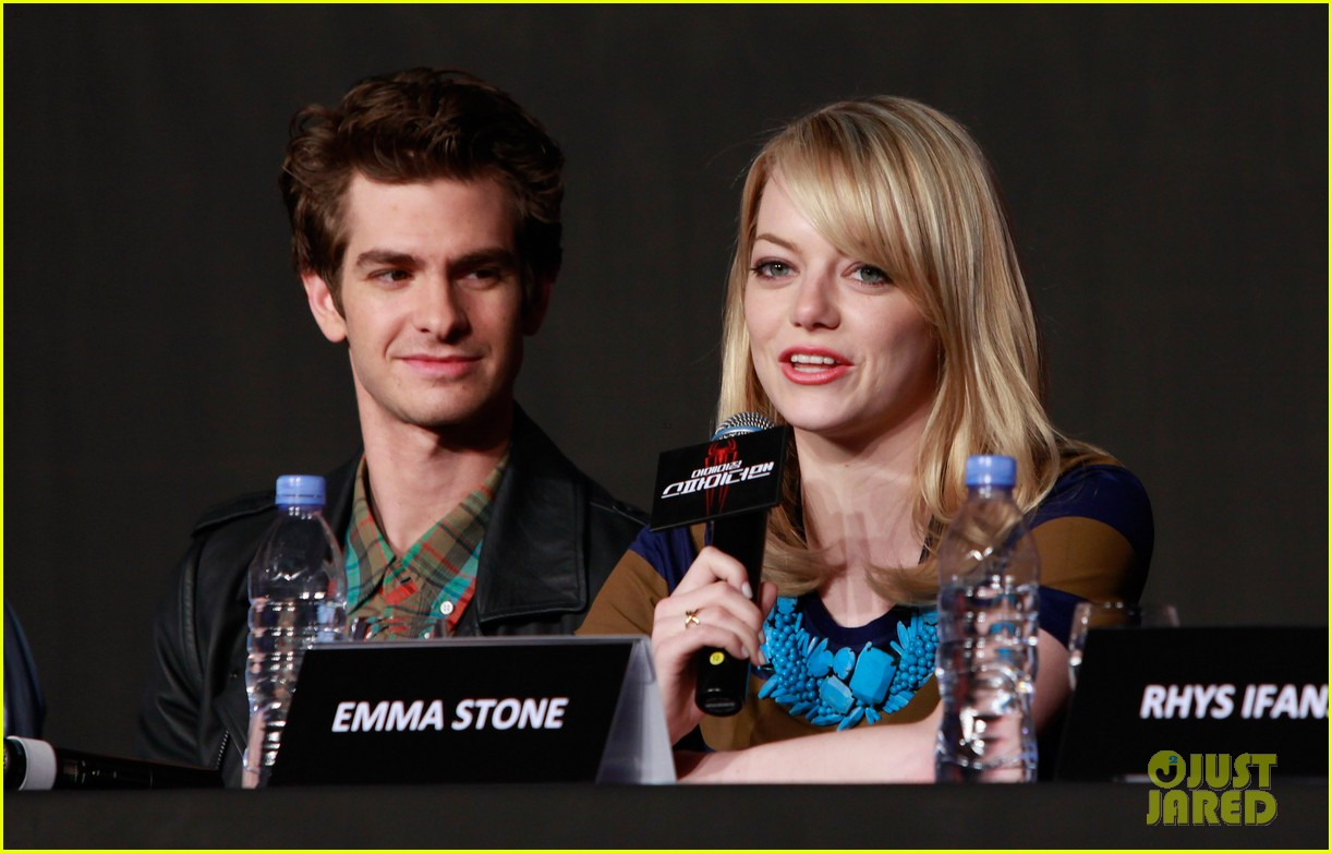 emma stone andrew garfield south korea press conference 172674934