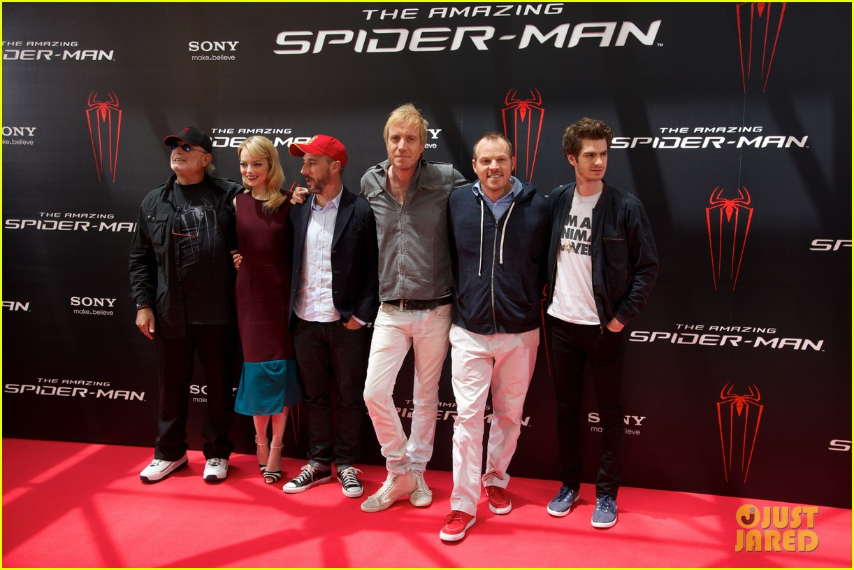 emma stone andrew garfield spider man spain photo call 022677794