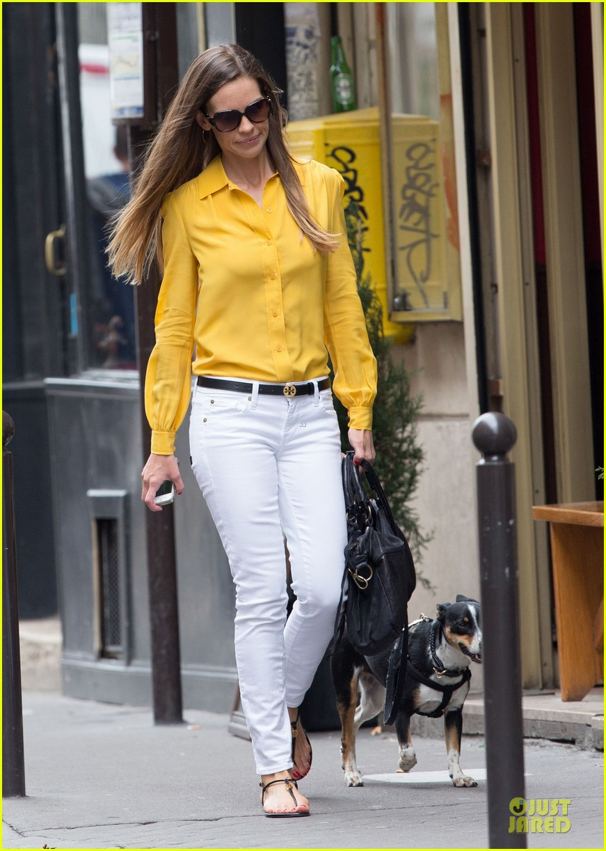 hilary swank mellow yellow paris 012677906