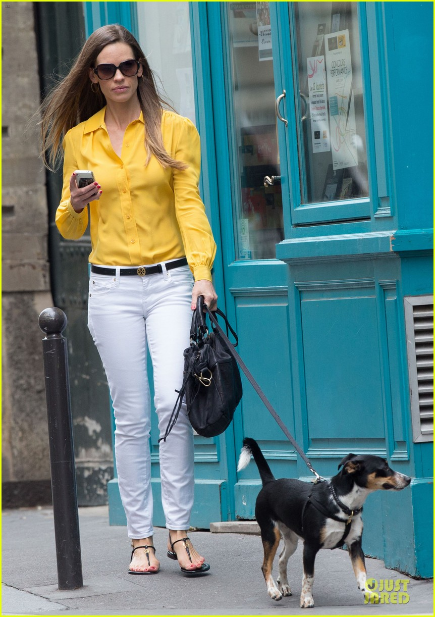 hilary swank mellow yellow paris 022677907