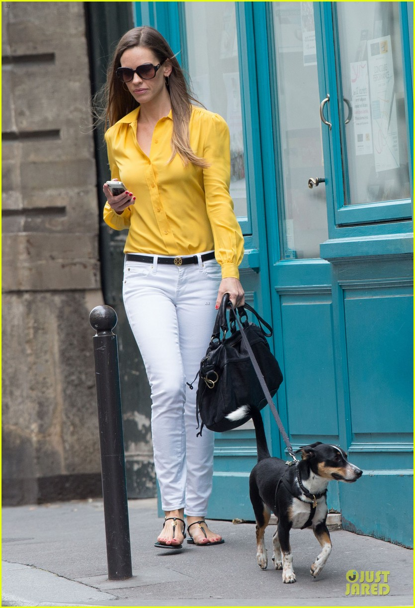 hilary swank mellow yellow paris 032677908