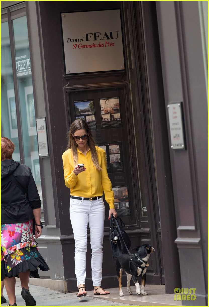 hilary swank mellow yellow paris 042677909