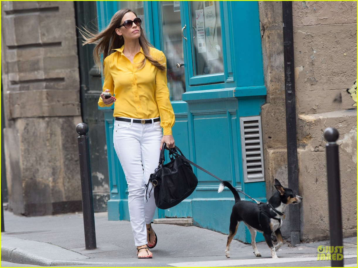 hilary swank mellow yellow paris 07