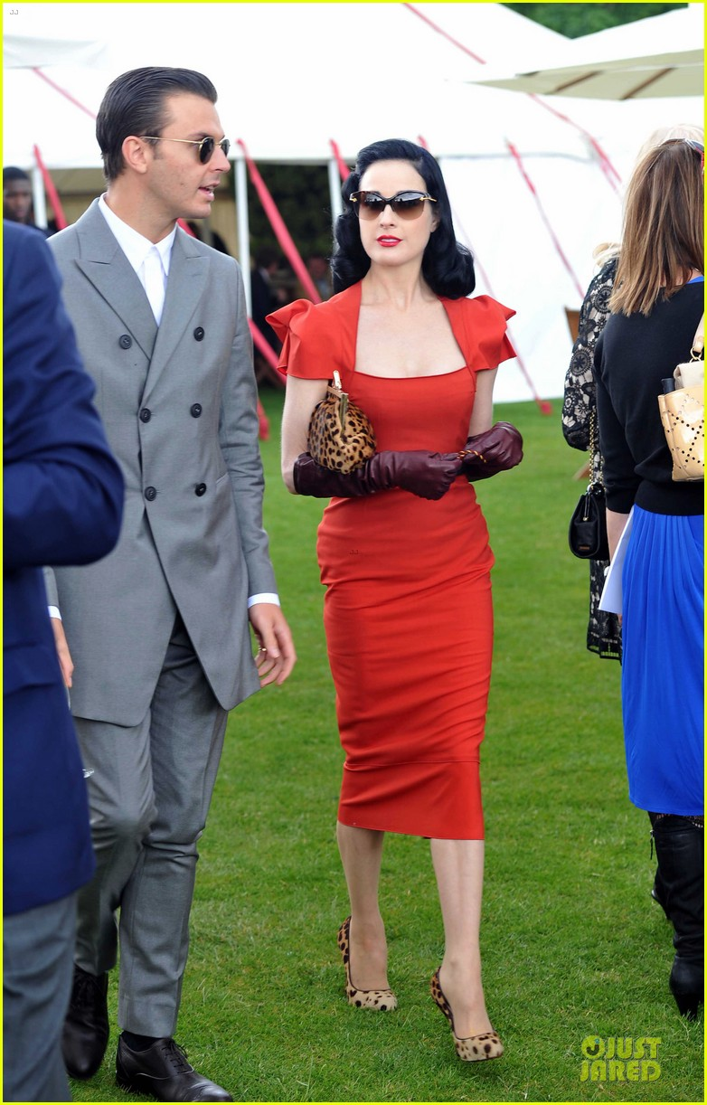 dita von teese douglas booth queens cup 102676722