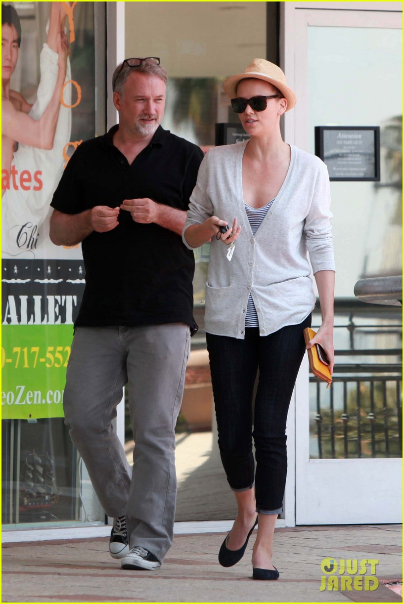 charlize theron sushi park lunch stop 072675263