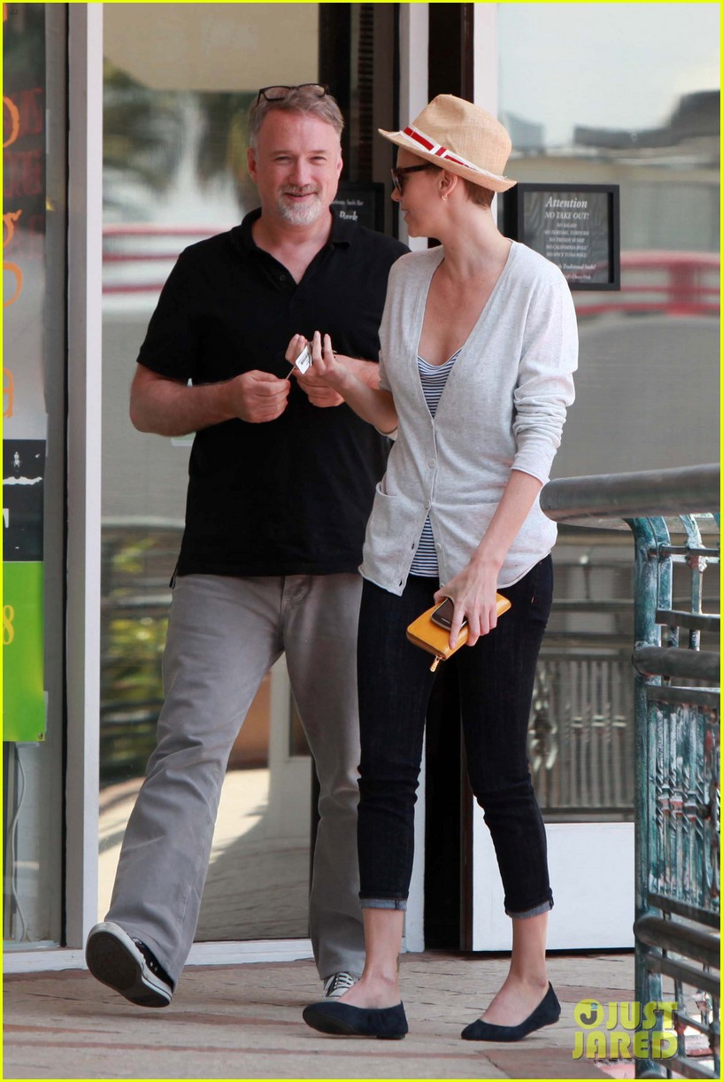 charlize theron sushi park lunch stop 112675267