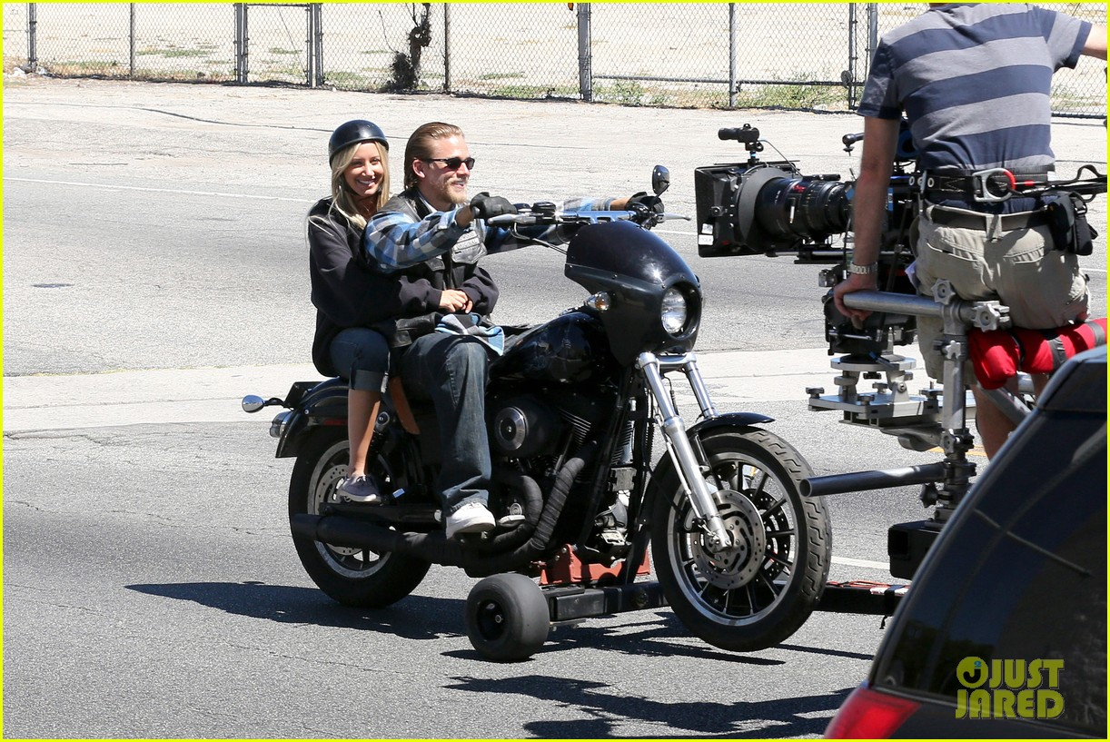 ashley tisdale charlie hunnam sons of anarchy 022679582