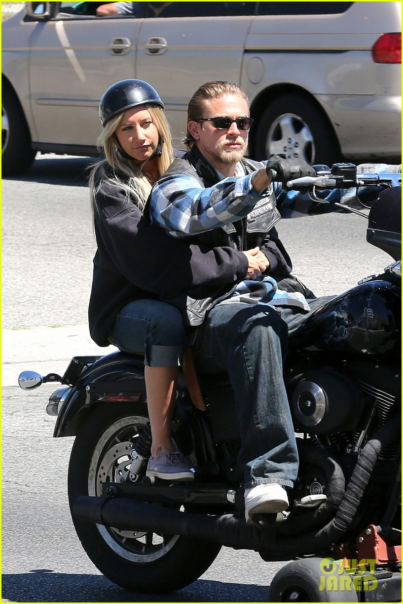 ashley tisdale charlie hunnam sons of anarchy 06
