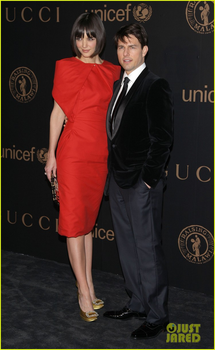 tom cruise katie holmes hottest red carpet moments 262681173