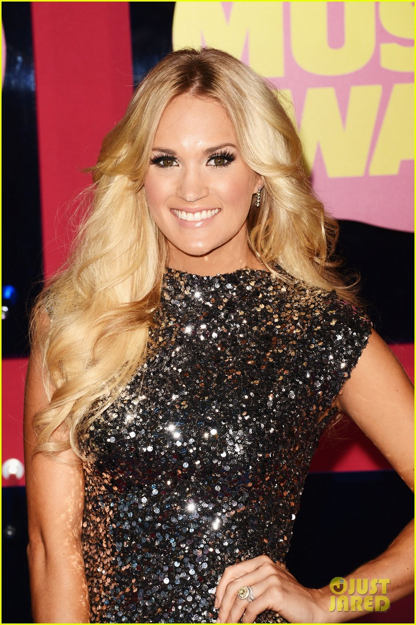 carrie underwood cmts 052671258