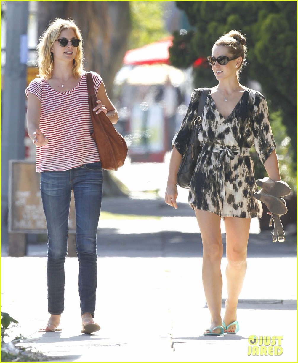 emily vancamp errands west hollywood 08