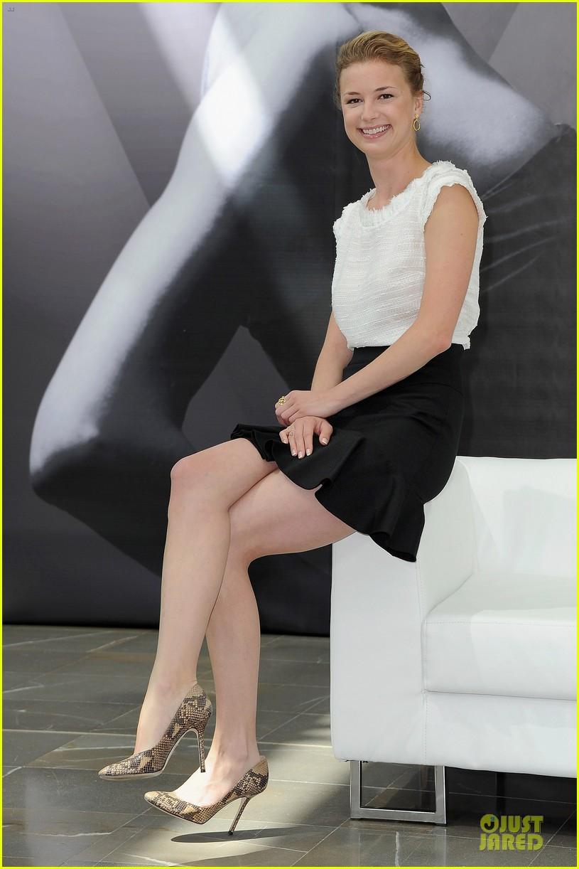Full Size Van >> Emily VanCamp: 'Revenge' at Monte Carlo TV Festival ...