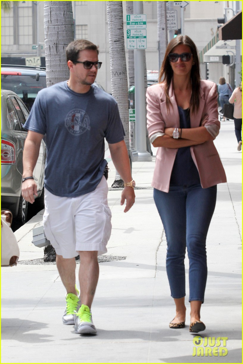 mark wahlberg the grill lunch 132677695
