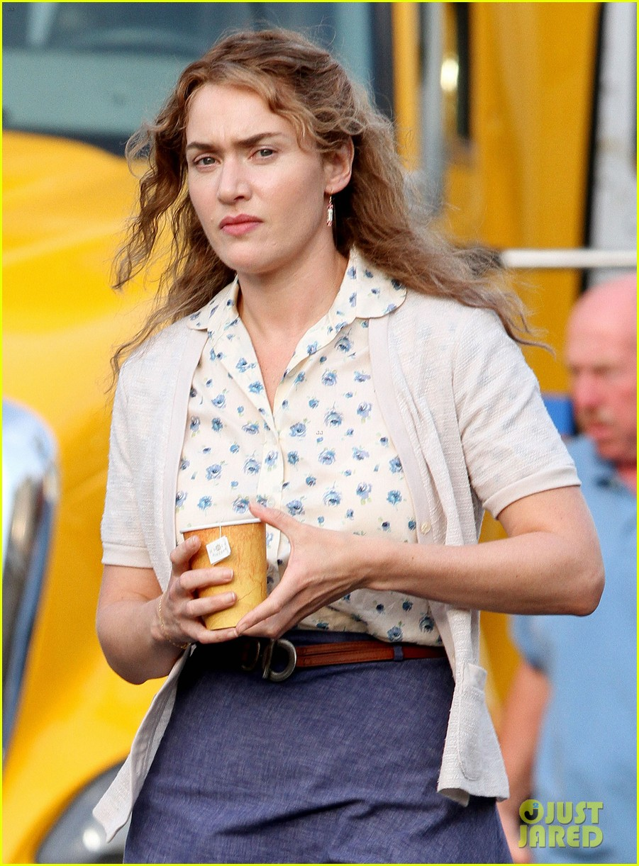 kate winslet labor day set with ned rocknroll 052672091