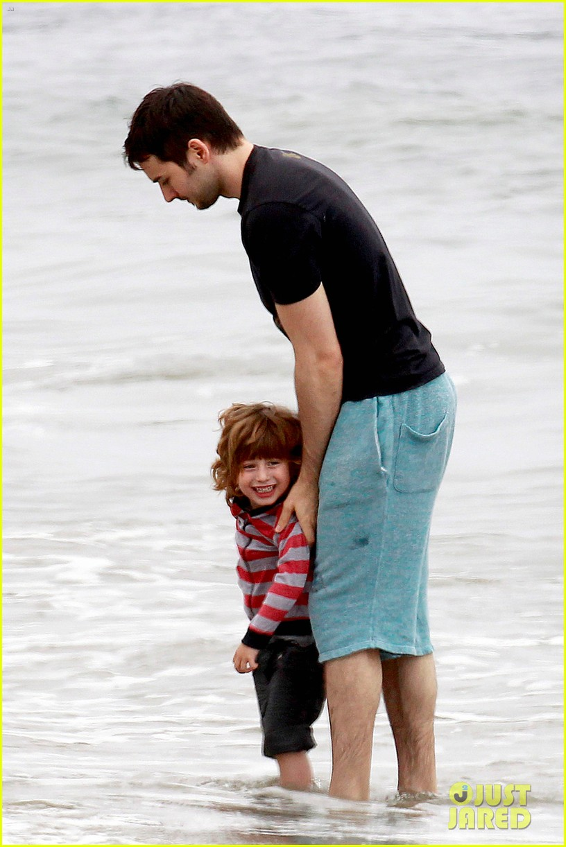 christina aguilera matthew rutler 4th of july with max 04