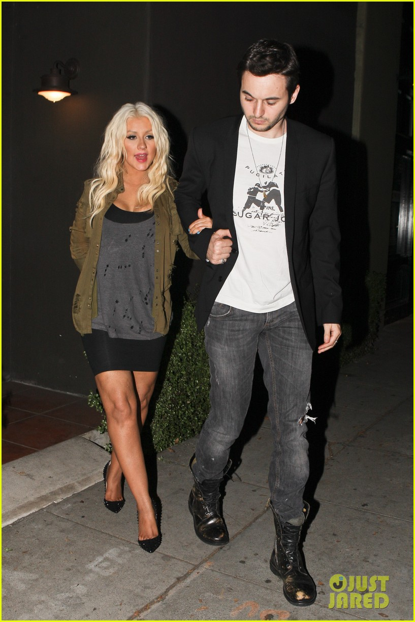 christina aguilera osteria mozza with matthew rutler 03