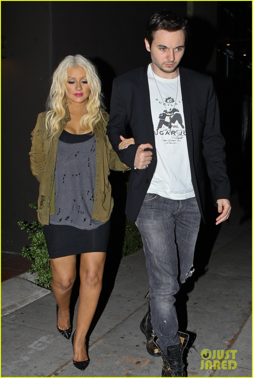 christina aguilera osteria mozza with matthew rutler 04
