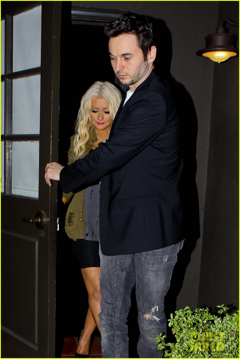 christina aguilera osteria mozza with matthew rutler 05