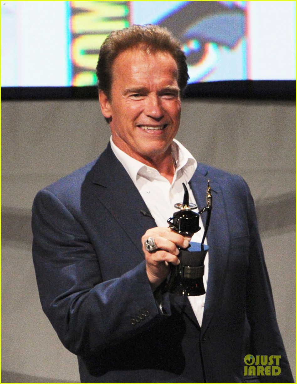 arnold schwarzenegger confirms twins sequel 012686636
