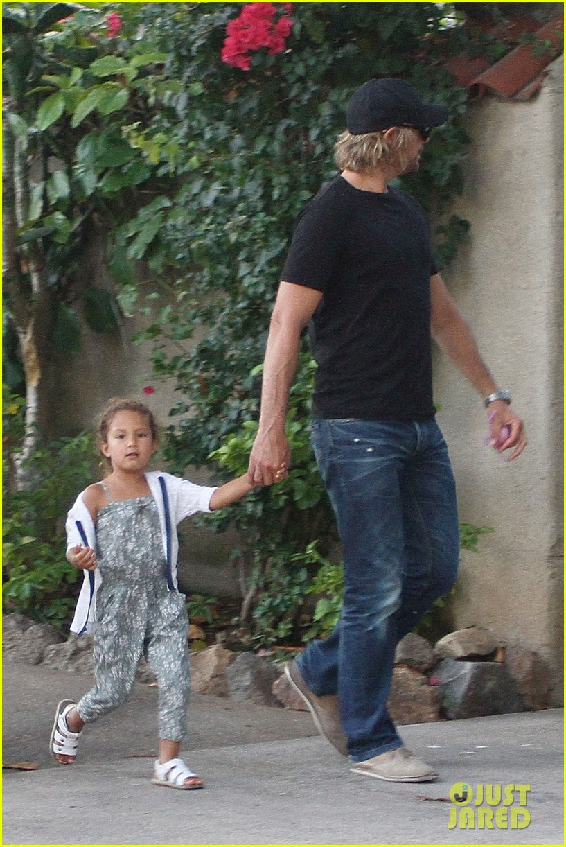 gabriel aubry lunch with nahla 02