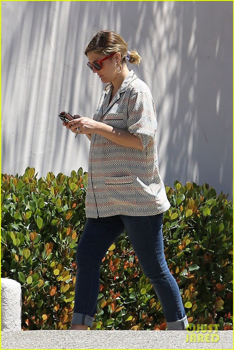 drew barrymore candle shopping with will kopelman 092683678